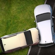 10대 운전자 위험 운전으로 도로사망 사고 잇달아