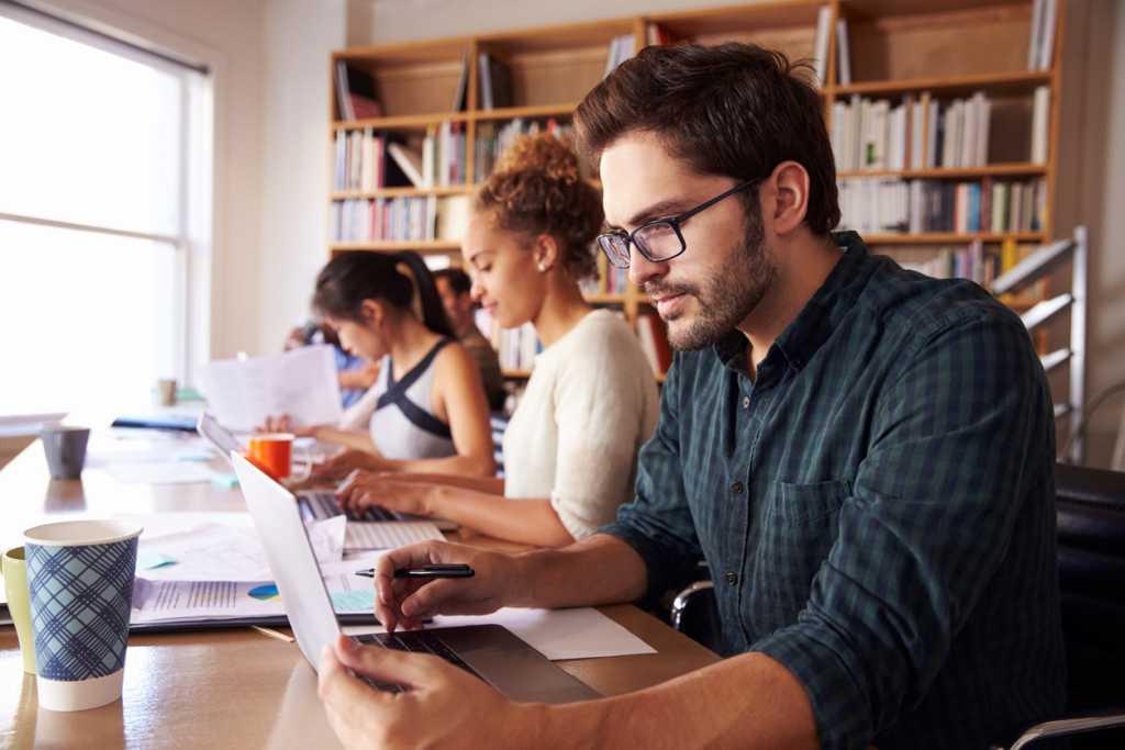 호주대학생 급증 속 중퇴율 최고 46%