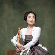 크로스오버를 넘는 '새로운 언어'로 국악에 새 생명 불어넣는 대금연주자 김혜림 박사