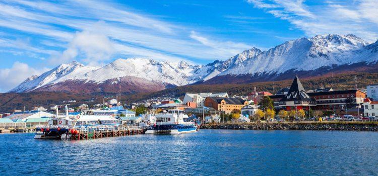 남극에서 북극까지, 잊을 수 없는 Lonely Planet 보트여행 60선