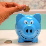 가처분소득은 늘어도 소비자 지갑은 꽁꽁
