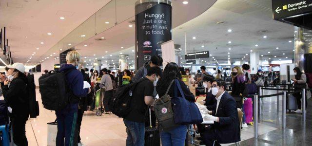 이제 집으로 <br> 호주 한인들 멜번공항 통해 귀국길 올라