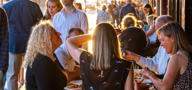 NSW 식당 단체예약 30명까지 – 결혼식 하객은 12월 1일부터 최대 300명