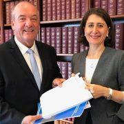 NSW주 전직 자유당 5선의원 맥과이어의 이중생활