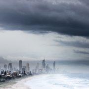 강풍과 너울 호주 동부 해안 강타