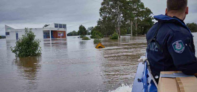 NSW 홍수, 비 그쳐도 하천 수위 계속 상승