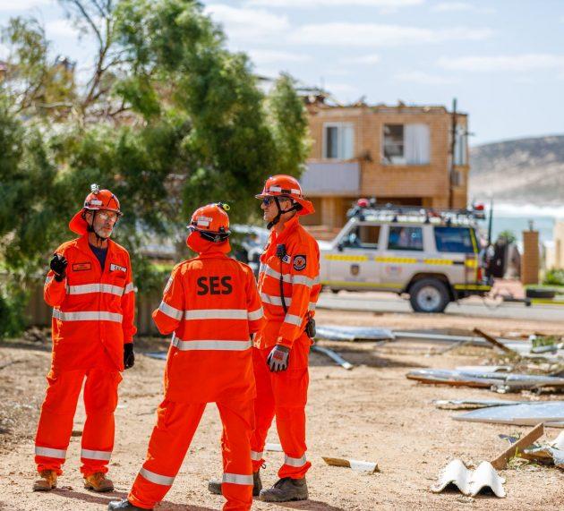 사이클론 세로자로 폐허된 칼바리, 건물 70% 손상