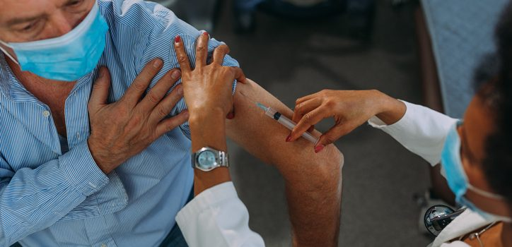 코로나19 예방접종 목표는 400만, 현실은 68만