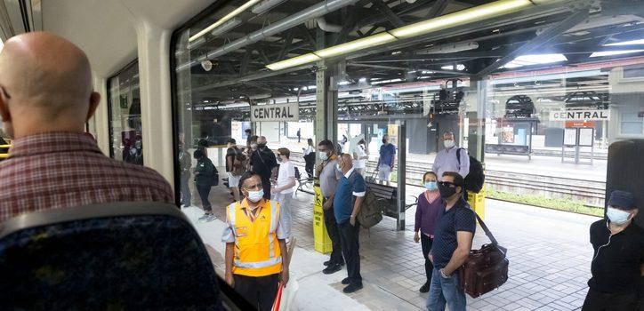시드니 9일까지 실내・대중교통 마스크 착용 의무 <br> 새 지역사회 확진자 바이러스, 미국 귀국 확진자와 일치